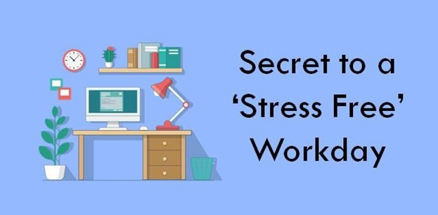 Clutter free desk: secret to a stress free workday