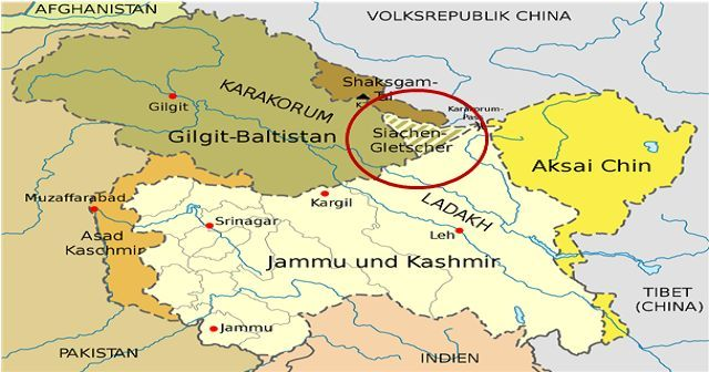 What is the Siachen Glacier Dispute? Map Of Aksai Chin on chola incident, 1987 sino-indian skirmish, map of kunlun mountains, map of south asia, tawang town, map of tian shan, azad kashmir, sino-soviet border conflict, indo-pak war of 1971, map of spratly islands, map of south china sea, map of telangana, map of srinagar, states of india, paracel islands, kalapani river, siachen glacier, arunachal pradesh, map of patiala, map of nicobar islands, map of kashmir, kashmir conflict, indo-bangladesh enclaves, map of sikkim, sino-indian war, karakoram pass, map of punjab, line of actual control, partition of india, map of arunachal pradesh, map of taklamakan desert, map of india, china–india relations,