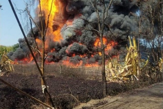 Massive fire at leaking OIL well in Assam in Hindi